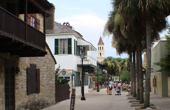 560PX_St_Augustine_(Florida)-old_town