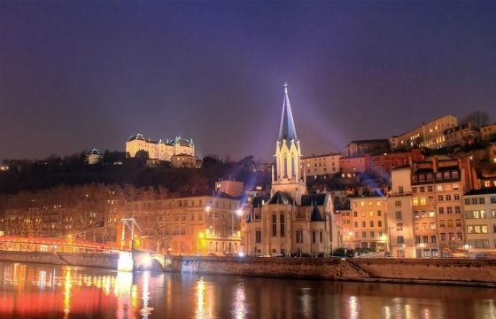28 Lyon ok