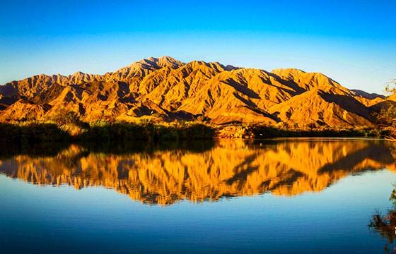 Vista del Río Hardy lugar de la Ruta Baja California