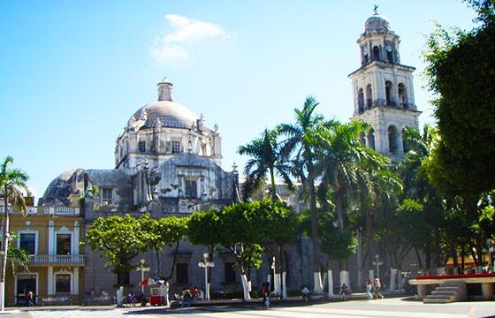Vista de la Ciudad de Veracruz en la ruta de Hernán Cortés