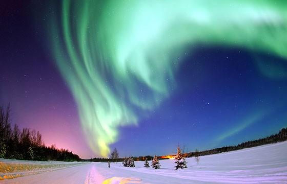 Vista del Hotel de hielo en Alaska Aurora Ice