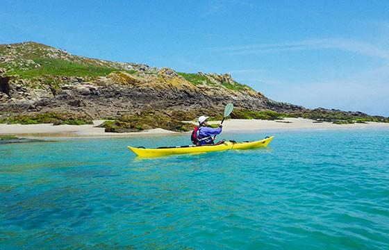 Kayak. Deportes de vacaciones.