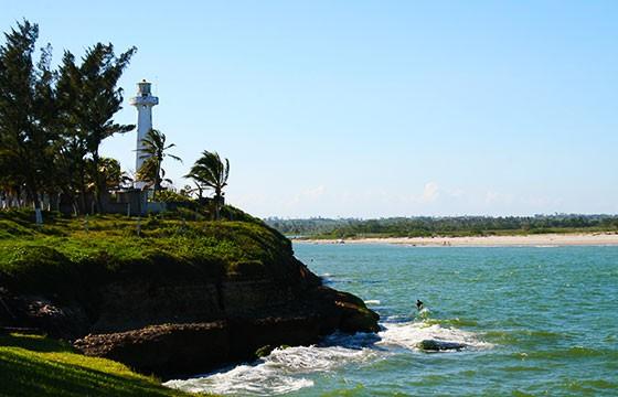 Vista de la Barra o playa Cazones, Veracruz