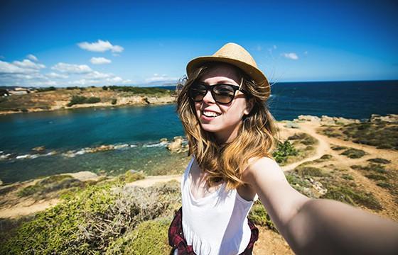 Buena luz. 10 tips para obtener las mejores selfies de viajes.