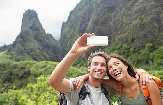 Selecciona las mejores imágenes. 10 tips para obtener las mejores selfies de viajes.