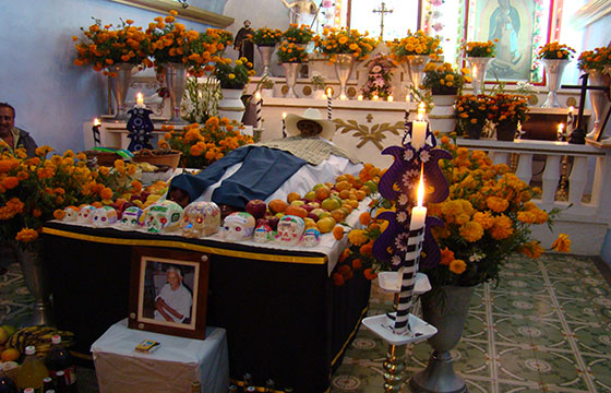 Ofrendas en Ocotepec Morelos