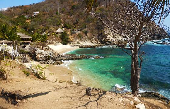 Playa Estacahuite