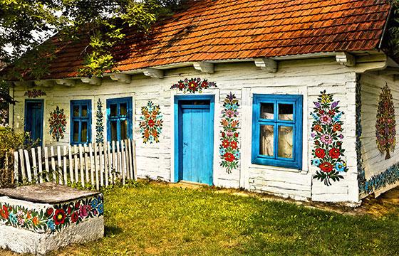 Casa en el pueblo de Zalipie
